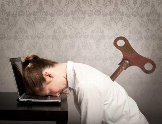 """La sindrome, tipicamente professionale, chiamata burn-out si può tradurre come """"stanchezza cronica""""."""